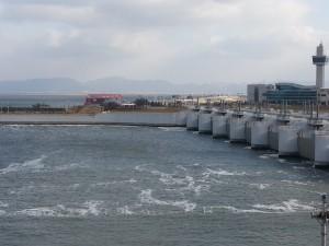 セマングム排水門